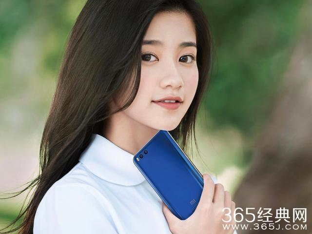 """网友""""YY""""的雷军女儿,是小米最美代言人!"""