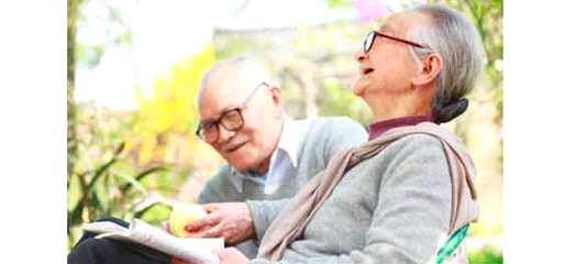 老年人保险买哪些
