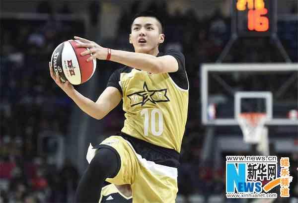 吴亦凡参加洛杉矶全明星名人赛 连续第三年参赛