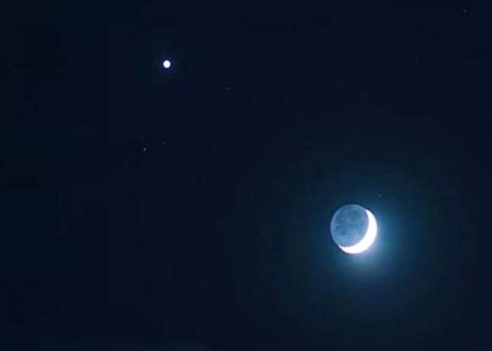 """上弦月将于周五和毕缩五上演""""星月童话"""""""