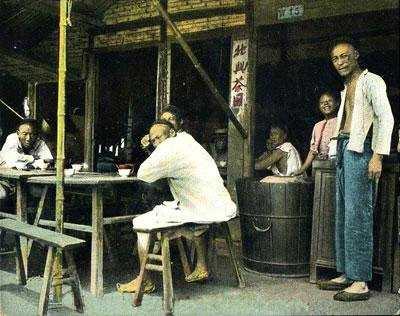 """从""""二厘馆""""到茶楼:近代广州茶文化的兴起"""