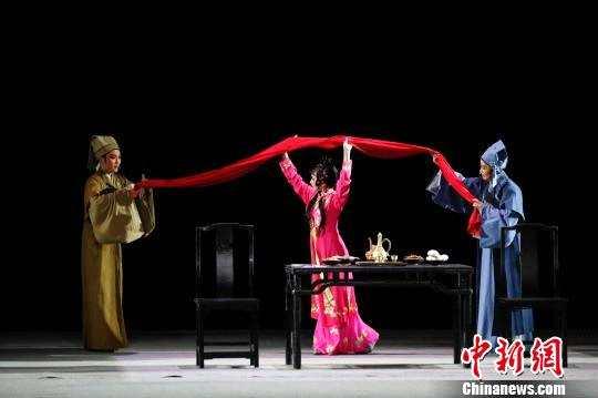 """""""芳华""""尹派""""青春之作""""《潇潇春雨》亮相国家大剧院"""