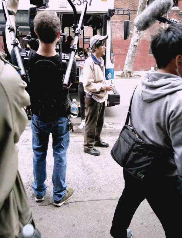 郭富城纽约拍新戏 化了老年妆的他憔悴又落魄