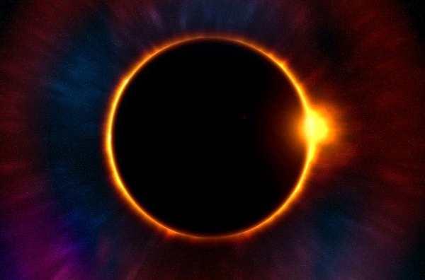 太阳在活动剧烈的时期,半径会缩小?!