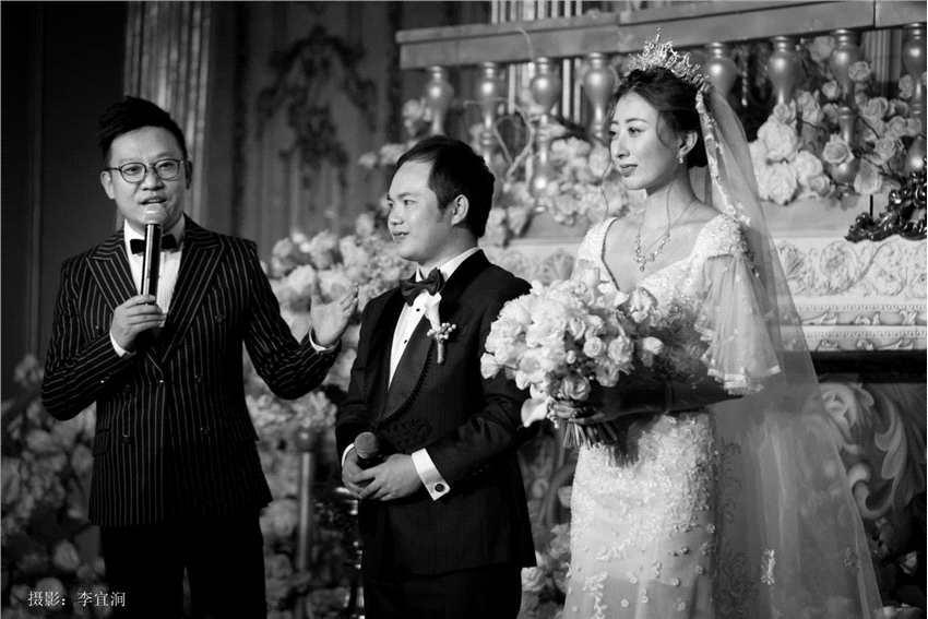 """第一季中国好声音""""小王子""""李维真和女友结束6年爱情长跑、在昆明完婚!"""