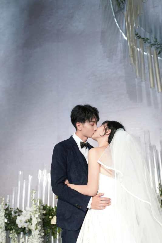 左立婚礼13快男十强齐聚 重唱《追梦赤子心》催泪!