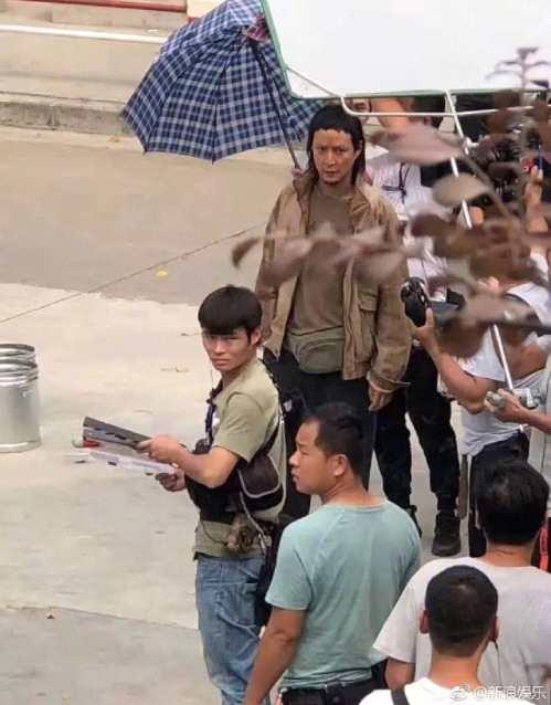 吴彦祖剪了个狗啃式刘海,网友却怀疑他是去植发了!