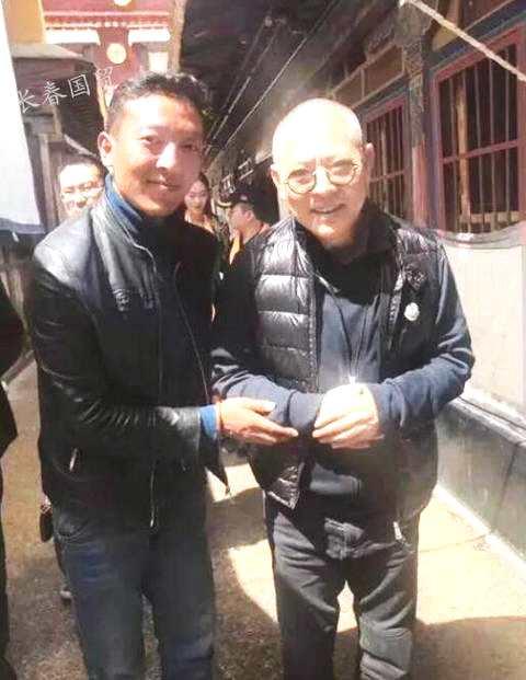 55岁李连杰近照曝光  笑容灿烂状态好