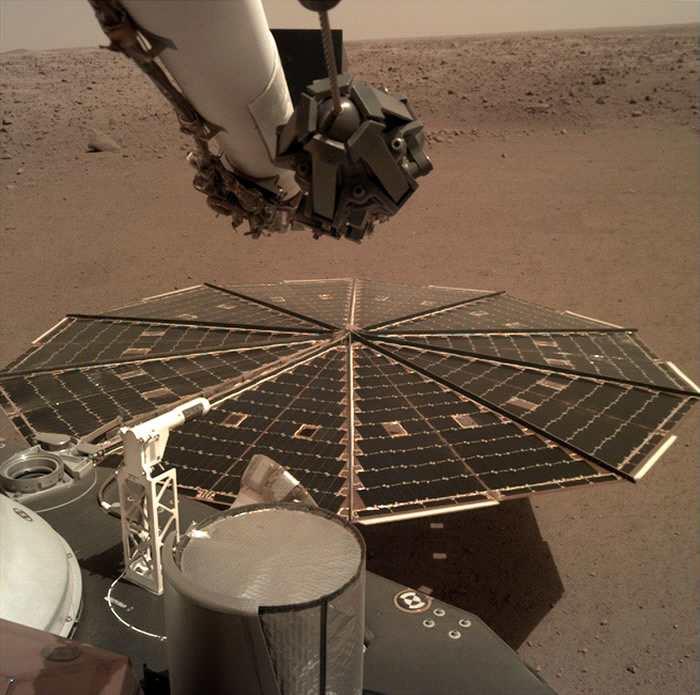 美国国家航空航天局InSight探测器传回火