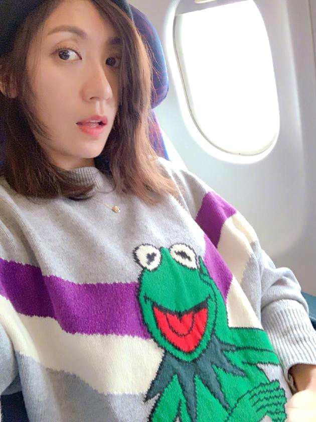 贾静雯搞怪模仿青蛙少女心不减 却意外撞脸修杰楷