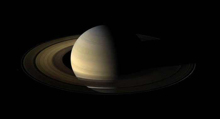 《伊卡洛斯》(Icarus)期刊:土星环在1