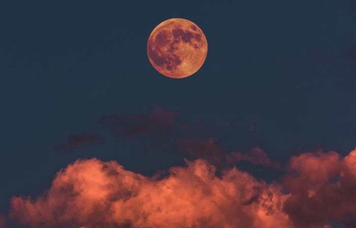 2019年2月19日年度最大满月