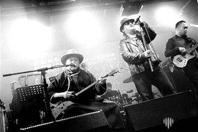 杭盖乐队成立15年昨天发布新专辑