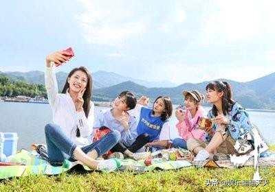 青春斗五姐妹大结局:钱贝贝出国留学,丁兰成大赢家,向真最幸福