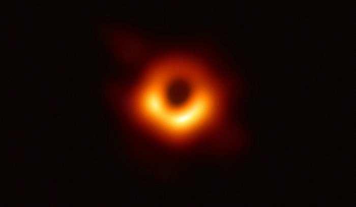 人类首次拍到黑洞照片 这篇文章告诉你为