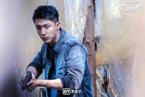 黄景瑜《破冰行动》引热议 主创团队细心打磨剧本