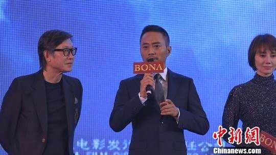 张涵予在《中国机长》一片中饰演英雄机长。 康玉湛 摄