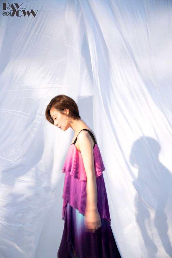 王汀时尚写真曝光 多重风格诠释反转魅力