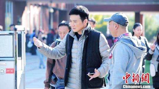 导演汪俊:《小欢喜》故事细节源于身边事 探讨中国式亲子关系 - bt福利天堂