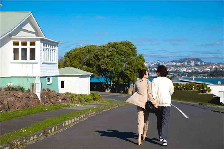戚薇李承铉新西兰甜蜜写真曝光 合体旅行综艺即将播出