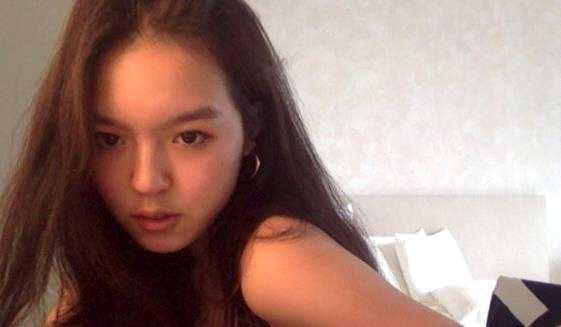 李咏女儿气质惹争议 李咏女儿近况如何