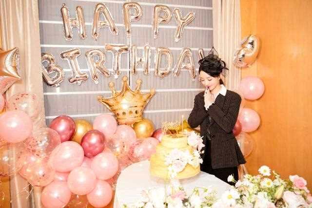 赵丽颖生日娱乐圈祝福集体消失,为何短短一年她的待遇天壤之别? - bt福利天堂
