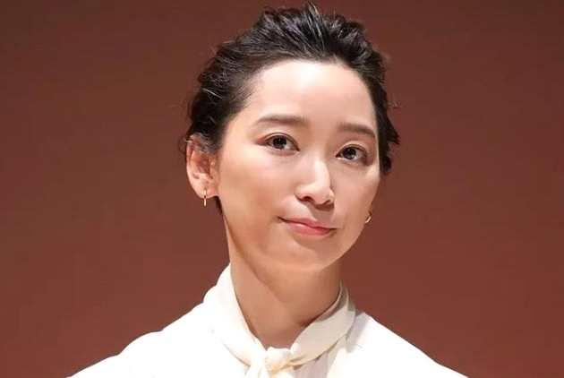 杏准备请律师解决离婚事宜 曝东出昌大想修复关系
