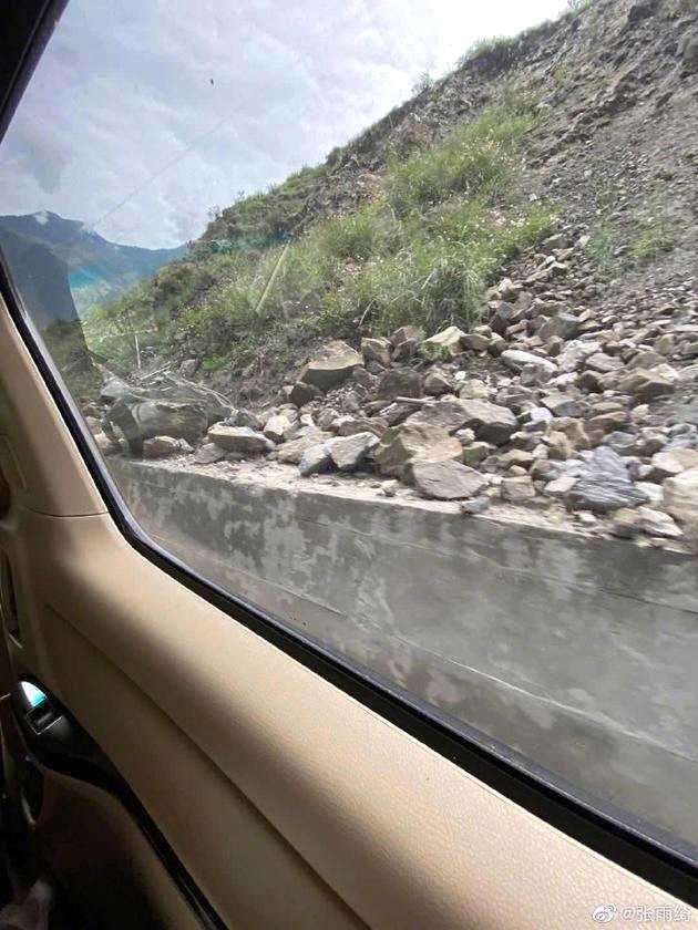張雨綺遇泥石流有驚無險 感謝交警及救災人員幫