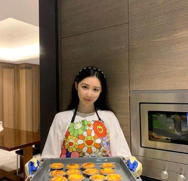 潘玮柏宣布结婚喜讯 女方是名空姐比潘帅小13岁