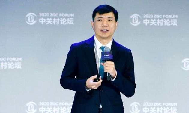 李彦宏:智能经济是拉动全球经济向上的新引擎