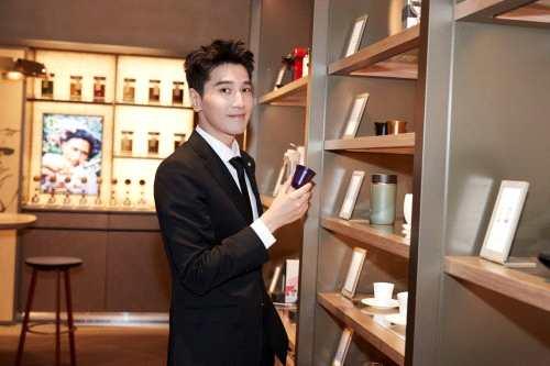 《【杏鑫注册地址】赵又廷正式成为Nespresso浓遇咖啡品牌大使,彰显非凡绅士魅》