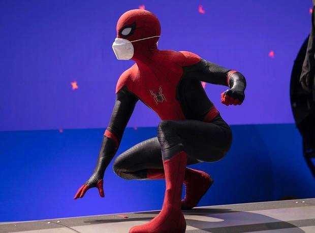 """《【杏鑫登陆注册】《蜘蛛侠3》开拍 荷兰弟片场戴两层""""口罩""""》"""