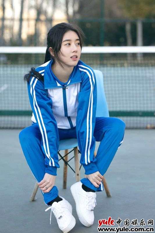 《【杏鑫在线娱乐注册】李凯馨元气校服写真曝光 清纯可爱演绎少女活力》