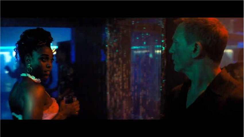 《007:无暇赴死》角色特辑 新邦女郎性感亮相