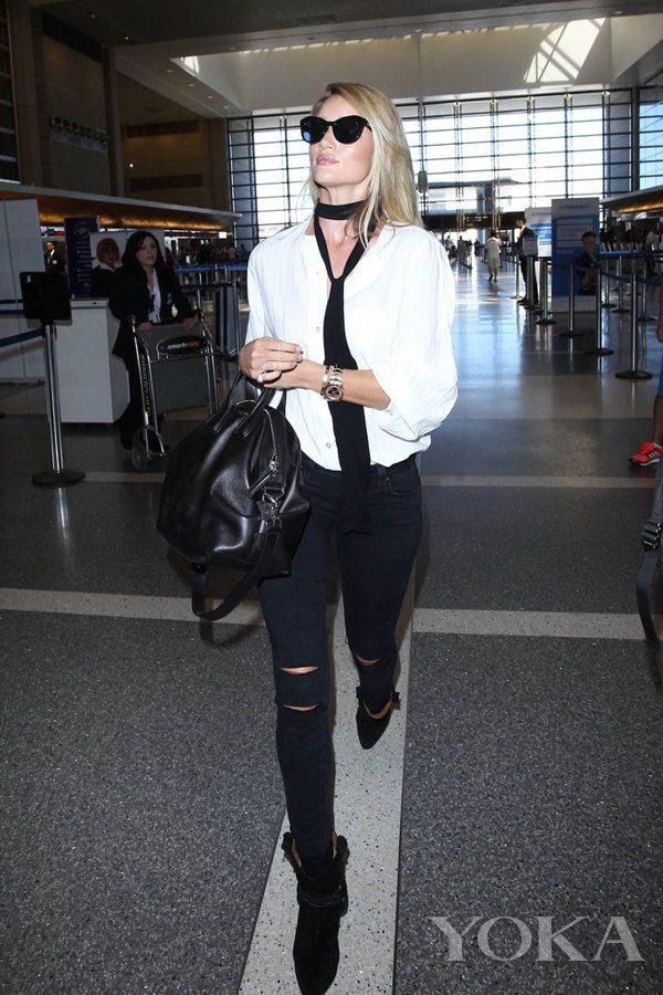 时髦如大幂幂却更接地气 她才是真正的机场私服queen(图12)