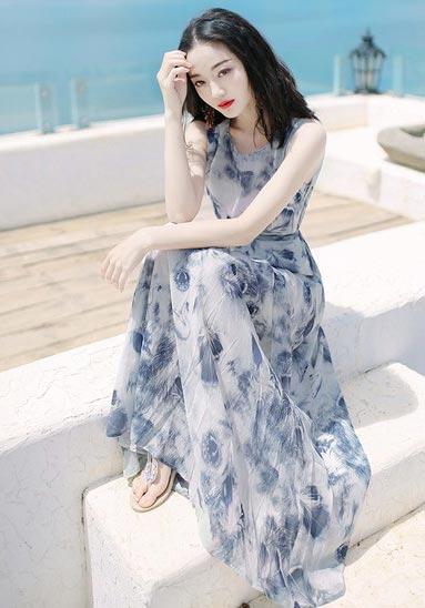 刺绣衬衫条纹半裙套装 新鲜细节给生活创造新惊喜