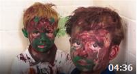 两兄弟在浴室玩颜料 玩着玩着就成这样了