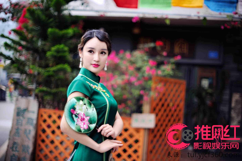 美女v美女-鲍艺灵线条写真完美美女尽显东方武汉最旗袍博士图片