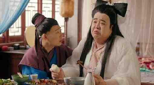 搞笑组合:许仙为白蛇炖汤补肾