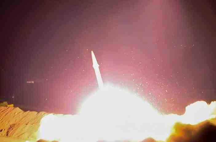 伊朗发射导弹打击恐怖分子 回应德黑兰暴行