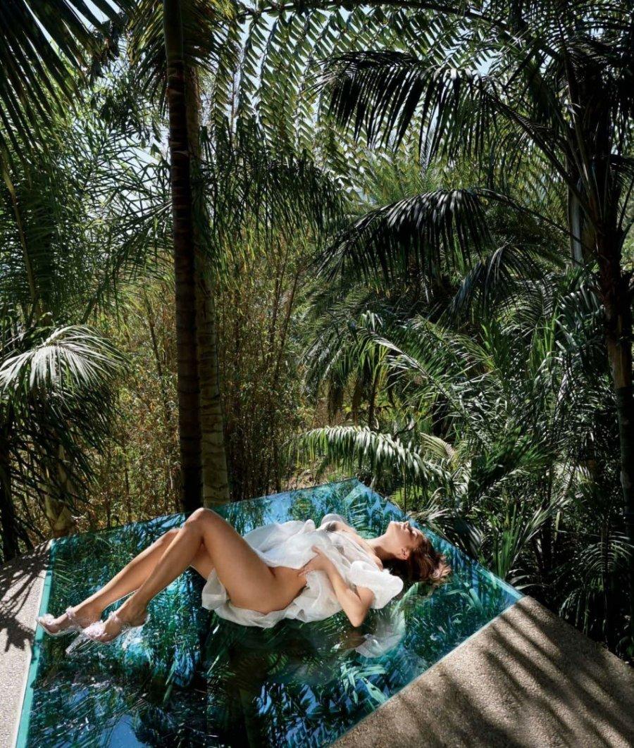 超模芭芭拉·帕尔文清凉写真