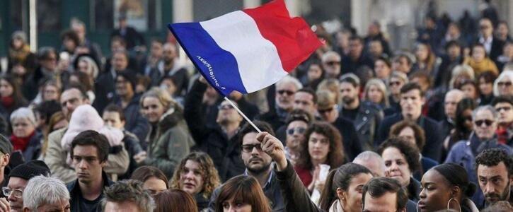 法国拟推出多项反恐新举措 为建立有效反恐机制做准备