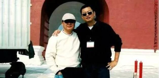 """刘镇伟爆料王家卫:他就是我的""""筷子兄弟"""""""