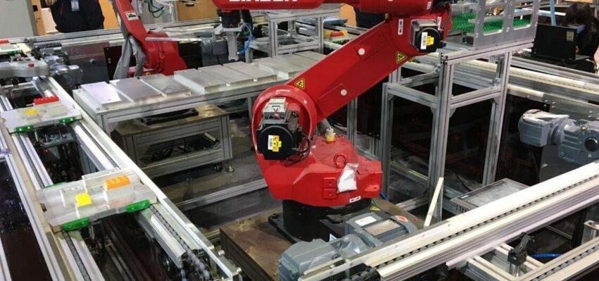 工业4.0:自主、定制、柔性制造背后的技术挑战