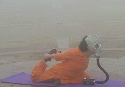 在严重的雾霾天气中锻炼,太拼了