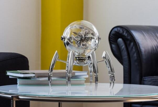 MB&F推Octopod 机器八爪鱼造型立体时钟