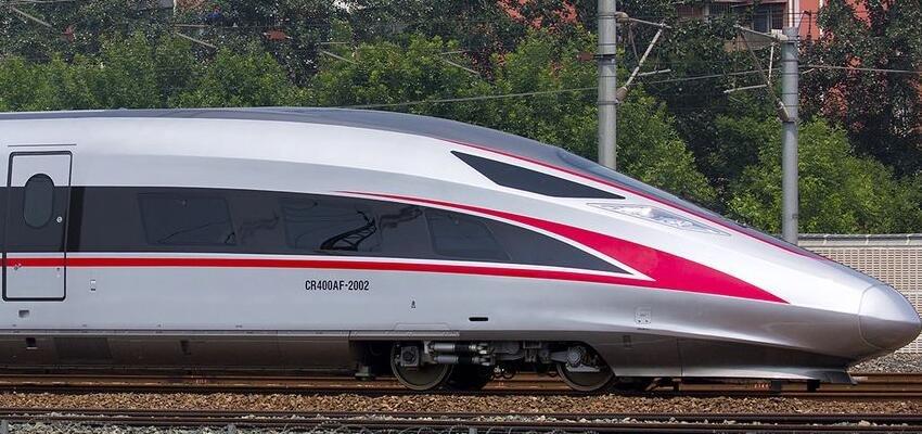 """高铁技术发展迅速 """"无人驾驶""""值得期待"""