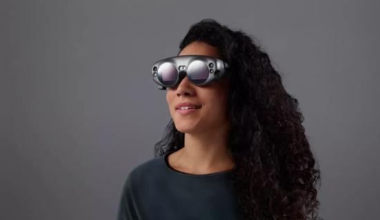 终于等到你!Magic Leap公布首款混合现实头显 2018年初发售