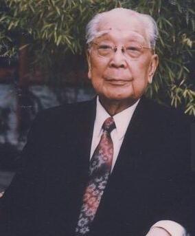 科技史上的今天(1月23日) 中国现代物理研究奠基者之一严济慈出生