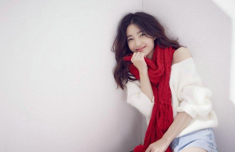 素颜女神王丽坤冬日甜美可爱写真